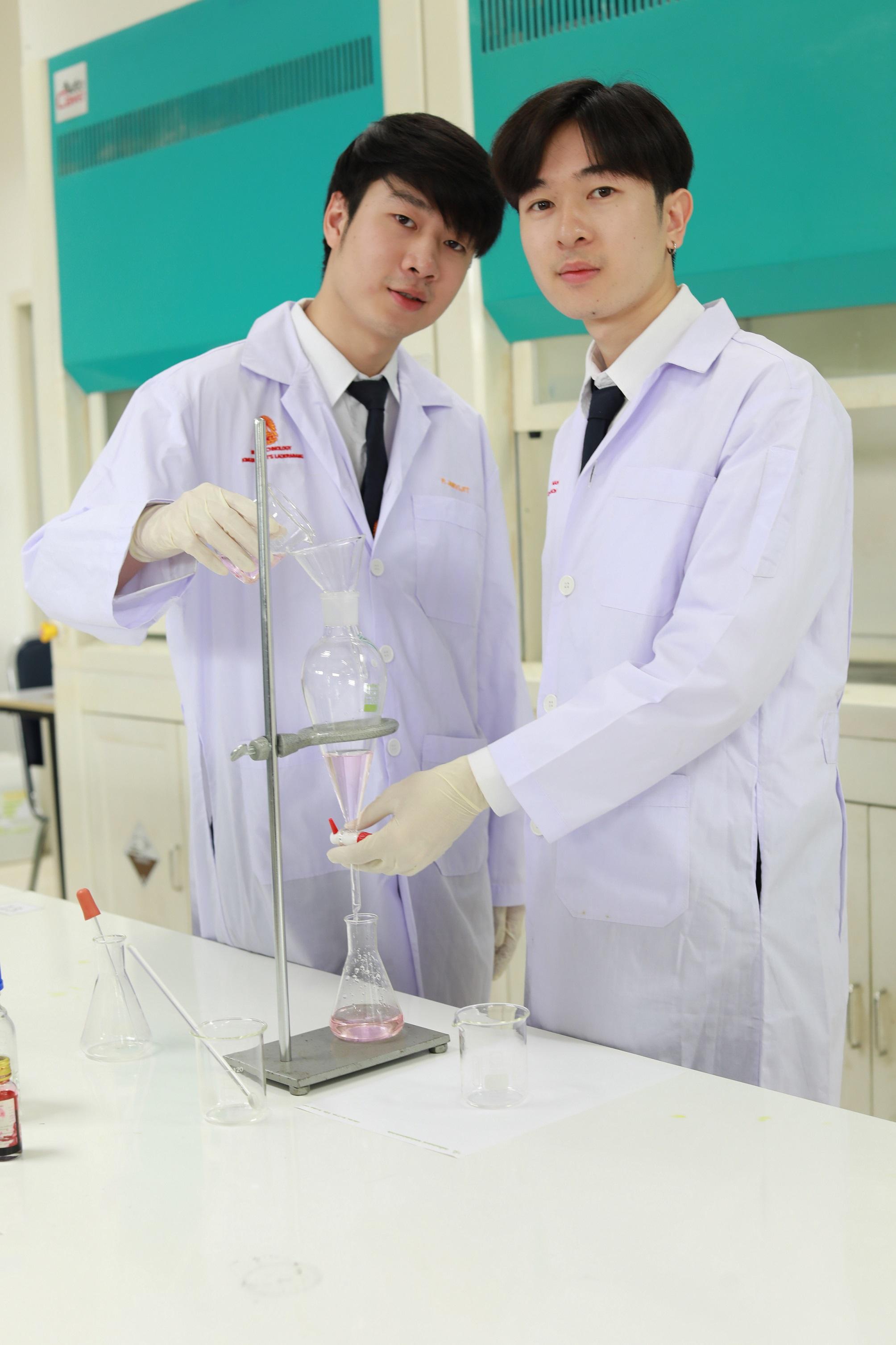 2 หลักสูตรอินเตอร์ใหม่ ! แพทย์นักวิจัย กับ เชฟนักวิทยาศาสตร์